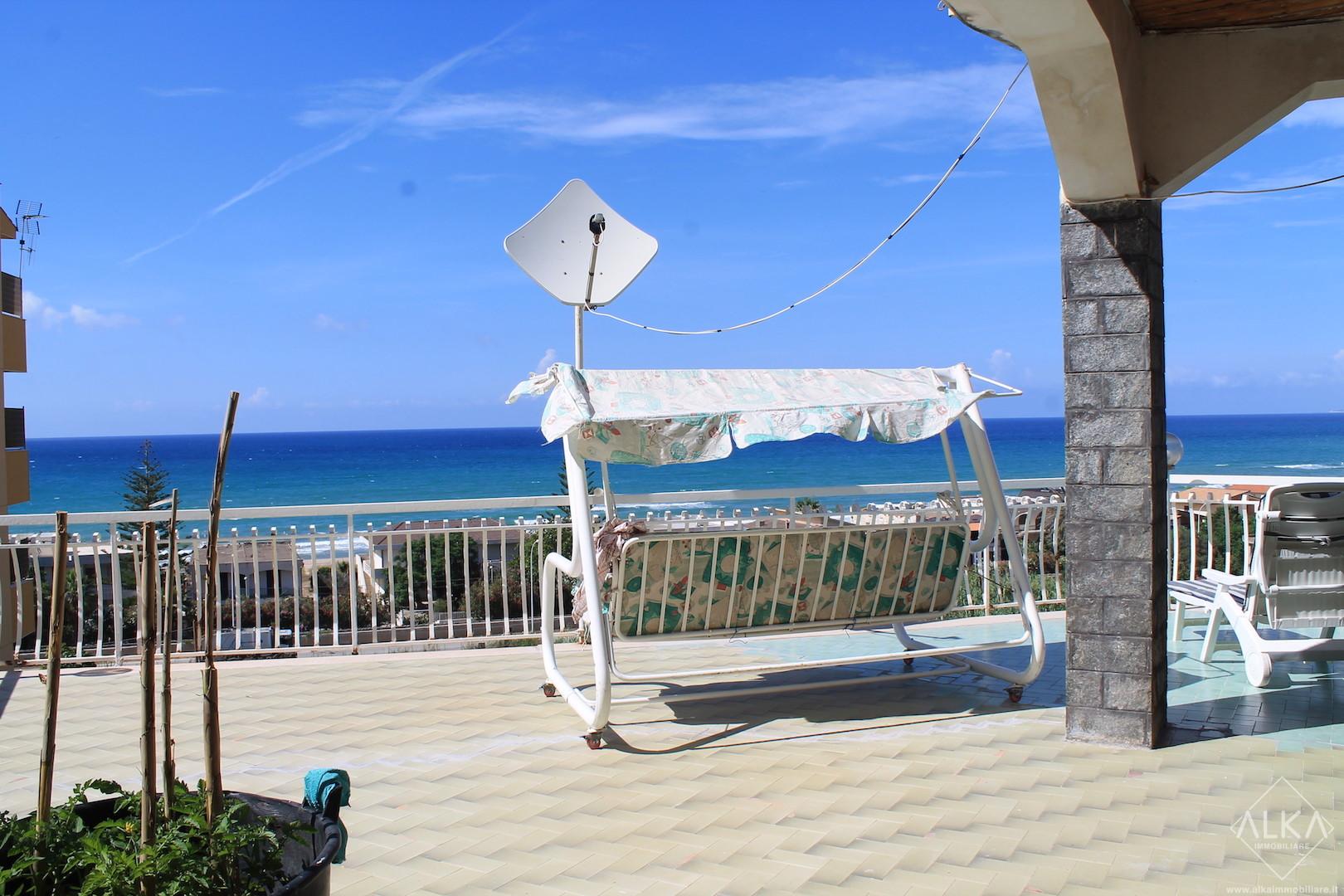 Appartamento in vendita ad Alcamo Marina – vista mare