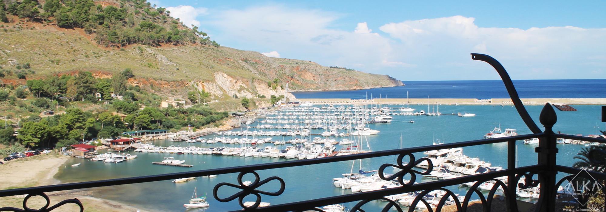 Esclusiva casa indipendente sul Porto turistico di Castellammare del Golfo